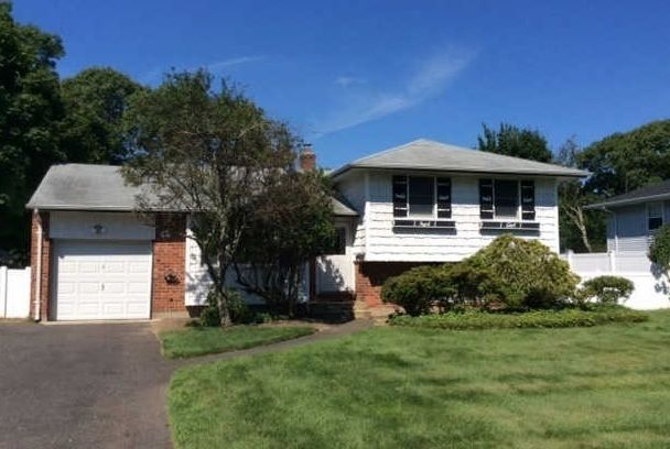 Another Sale!  Congratulations to the new owners on Marilyn Street East Islip.  WELCOME!