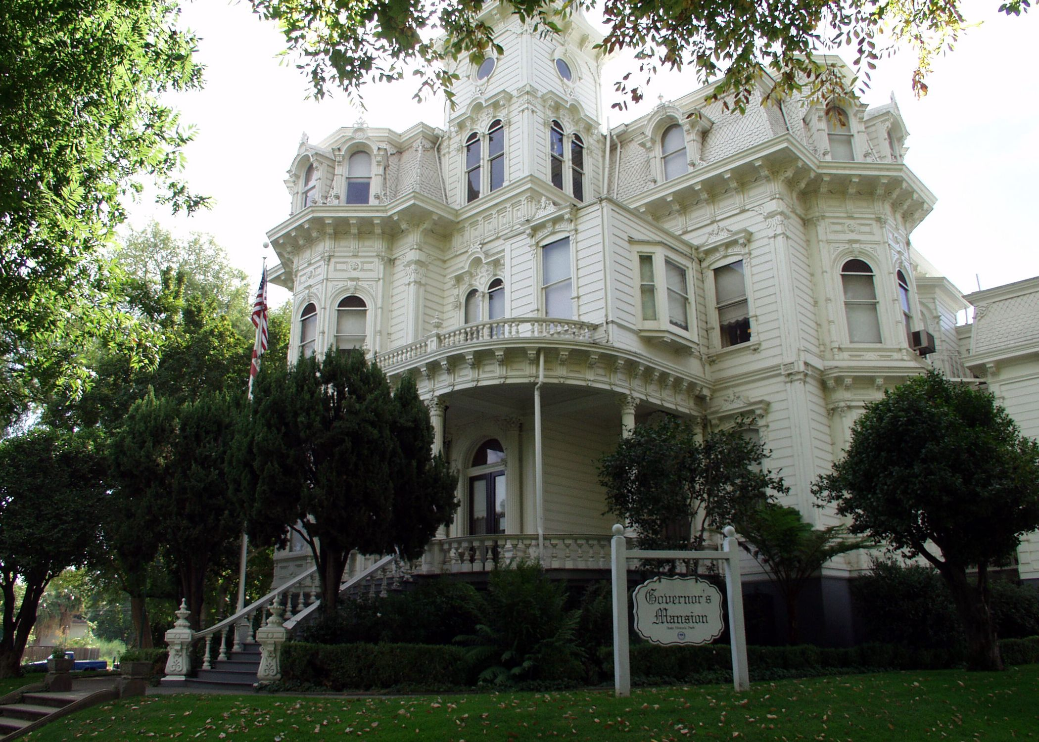 Haunted victorian houses for sale historic governors mansion sacramento california