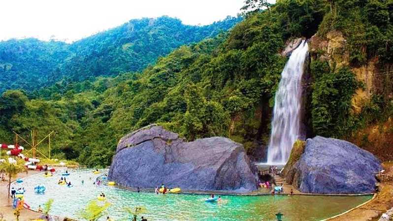 Tempat Wisata Alam Di Bogor Di 2020 Air Terjun Tempat Liburan Pemandangan