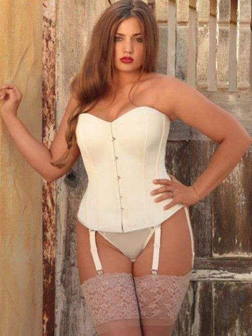 Plus Size Bridal Corsets and Bustiers | To be, Big day and Vintage