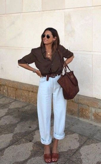 15 Lovely Chic Spring Outfits Women for Work - Yeahgotravel.com