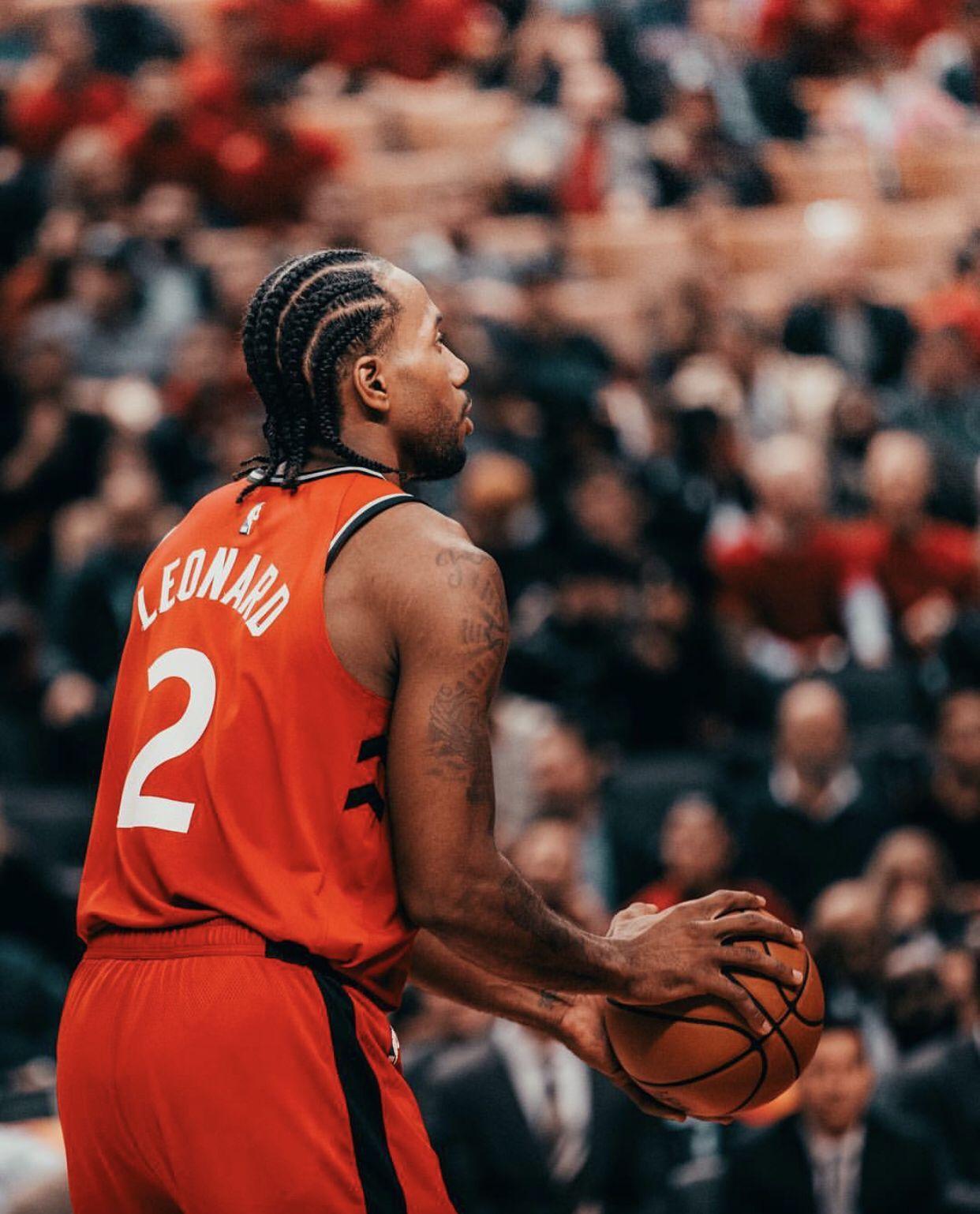 Kawhi Leonard Of The Toronto Raptors Ball Hairstyles Nba Basketball Photography