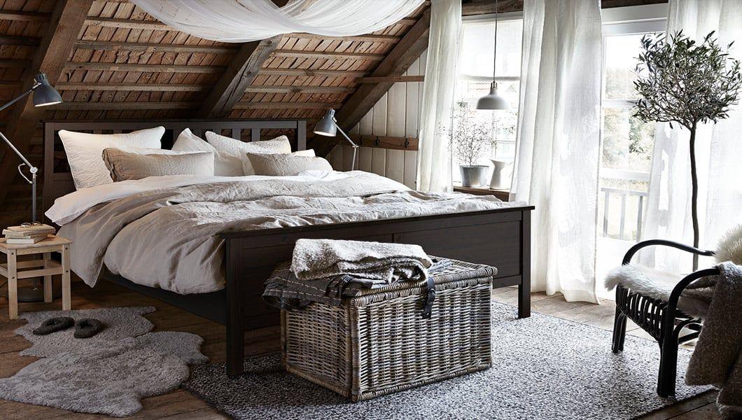 slaapkamertrends 2018 natuurlijke materialen ikea ikeanl ikeanederland inspiratie wooninspiratie interieur wooninterieur bed tweepersoonsbed kleed plant