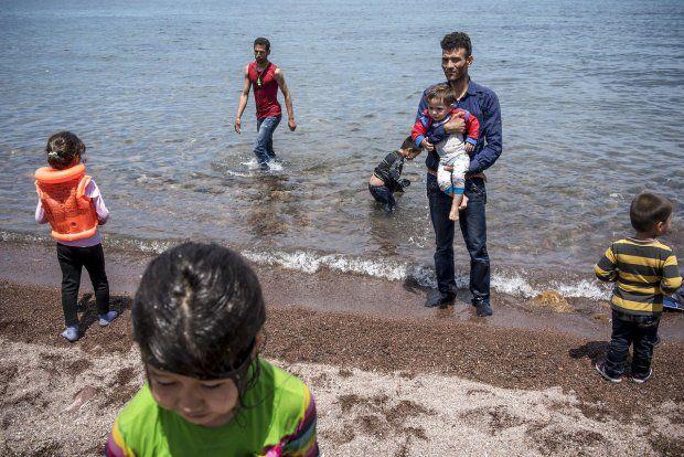 Rejseselskab til danske turister: I kan gratis tage 20 kg nødhjælp med til flygtninge - BT.dk