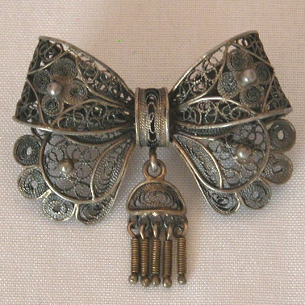Antique Cannetille Bow Pin with Dangle