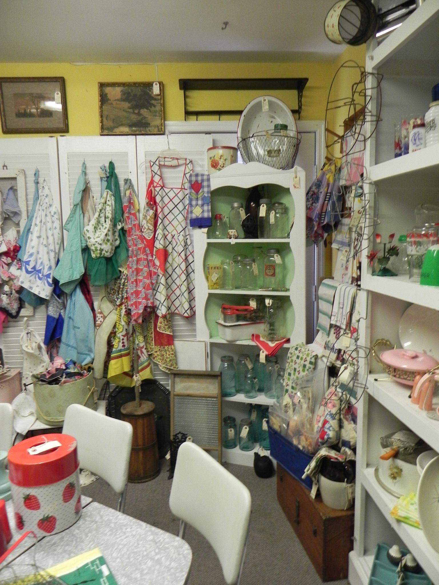 Sara Sylvis Room At Arbor Antique Mall Franklin Tennessee