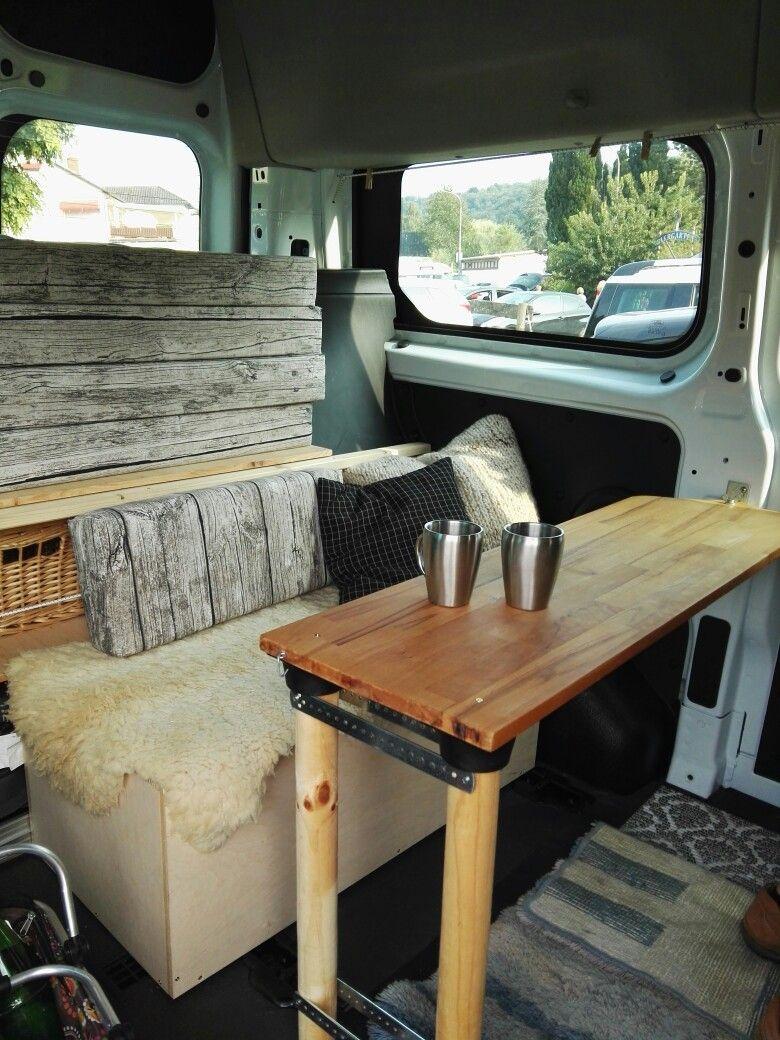 Campingbus Tisch.Sitztruhe Mit Verschiebbarem Tisch Sitztruhe Campingbus
