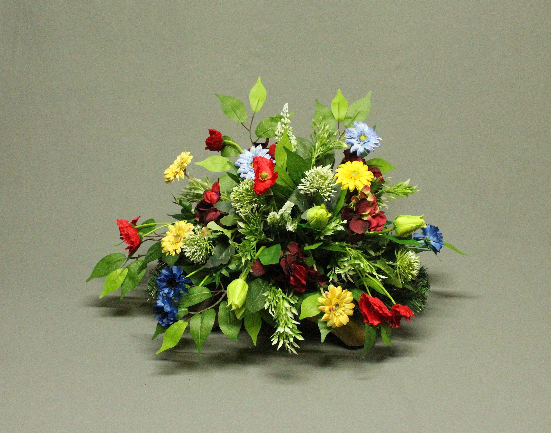 Dekoracja Nagrobna Kwiaty Sztuczne Dekoracja Na Pomnik Etsy Perennial Border Plants Poinsettia Flower Flowers