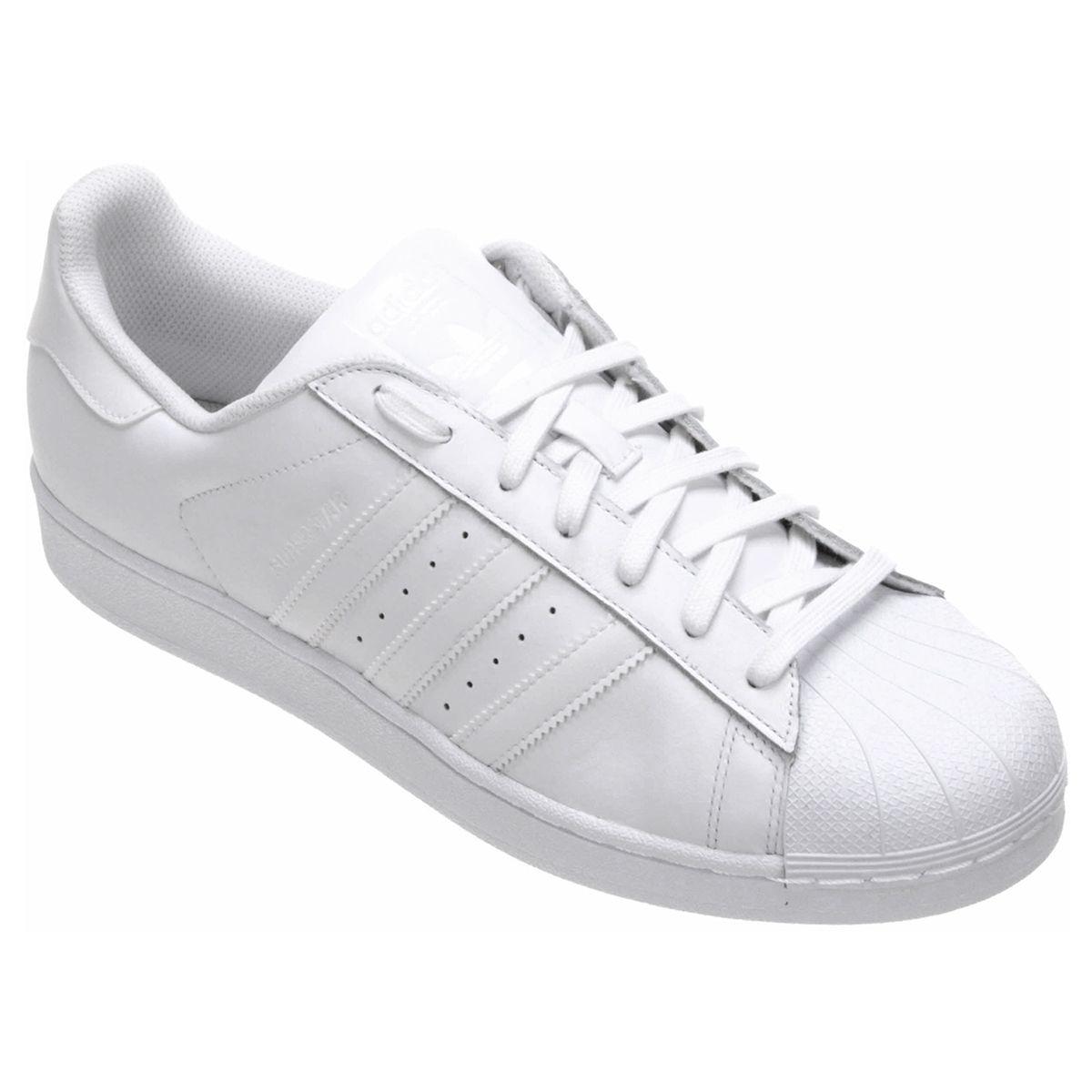 aefb5ee5a O estilo casual ganha mais autenticidade com o Tênis Adidas Superstar  Foundation Branco. O modelo