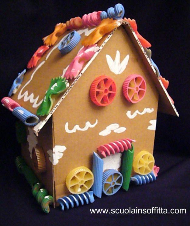 """Costruire la casetta di """"Hansel & Gretel"""" con i bambini"""