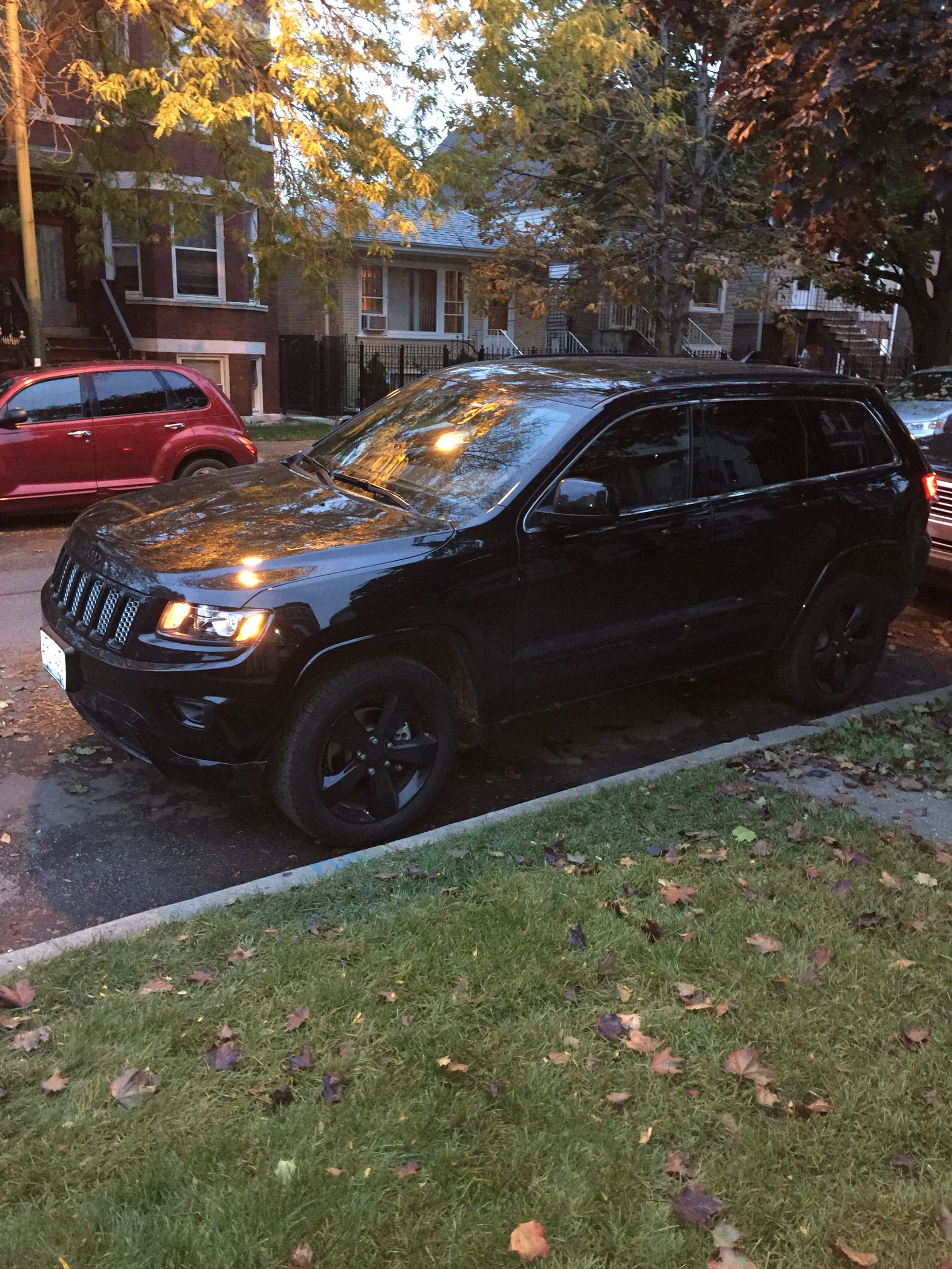 2015 Jeep Grand Cherokee Altitude 4x4 Black On Black On Black