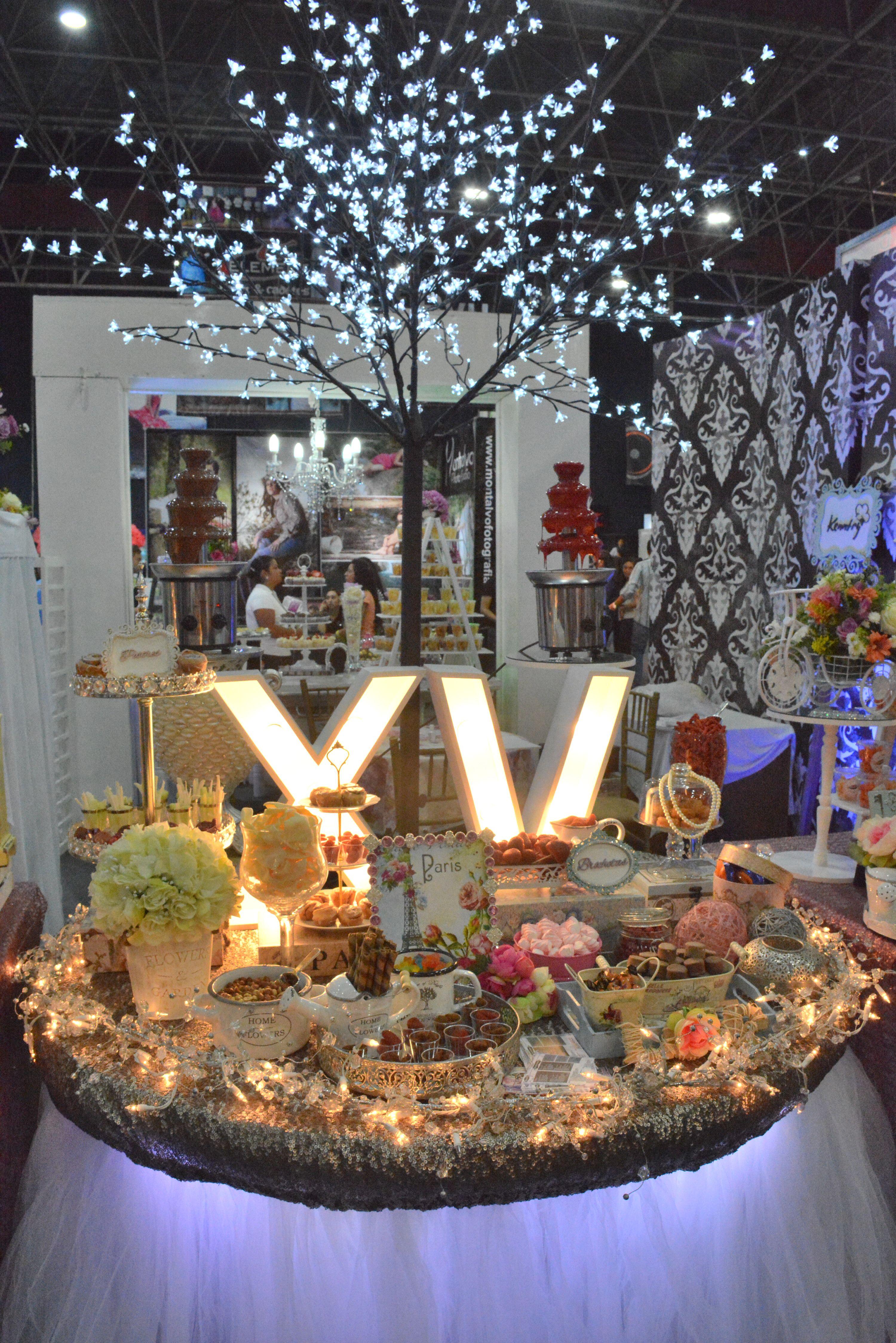 Mesa de dulces para quince a os quincea os quince xv for Mesa de dulces para xv anos