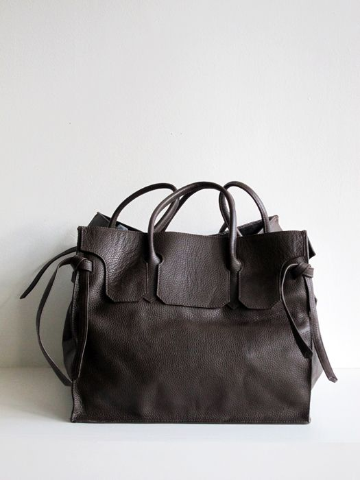 4-Sided Rectangular Bag in Cocoa. Shopstandingup