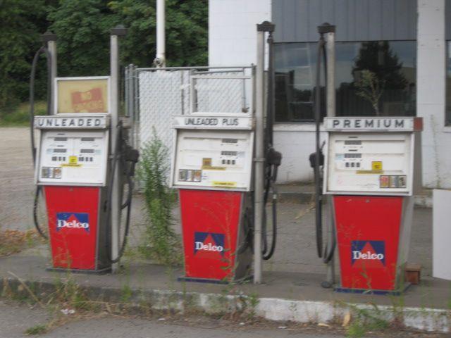 Old gas station in Portland, Oregon   Inspiration Filling Stations