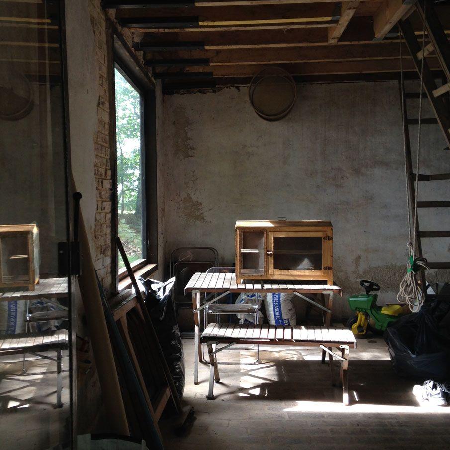 cabane de weekend dans un bois ille et vilaine 35 mnm architectes rennes mnm. Black Bedroom Furniture Sets. Home Design Ideas