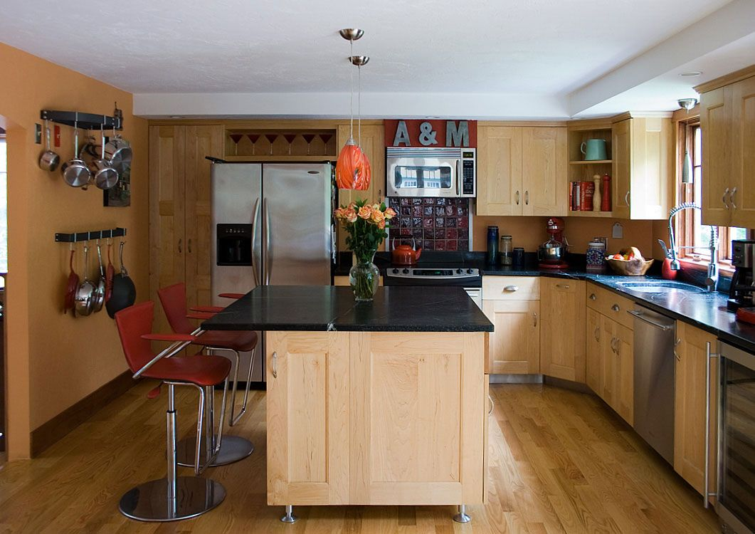 Maple cabinets and soapstone countertops | Ideas for the House ...