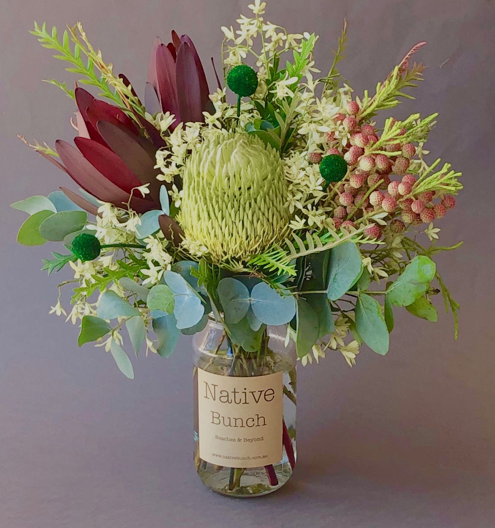 Native Flower Posy Banksia Berzelia White Christmas Bush Leucadendrons And Green Billy B Dried Flower Arrangements Australian Native Flowers Flower Delivery