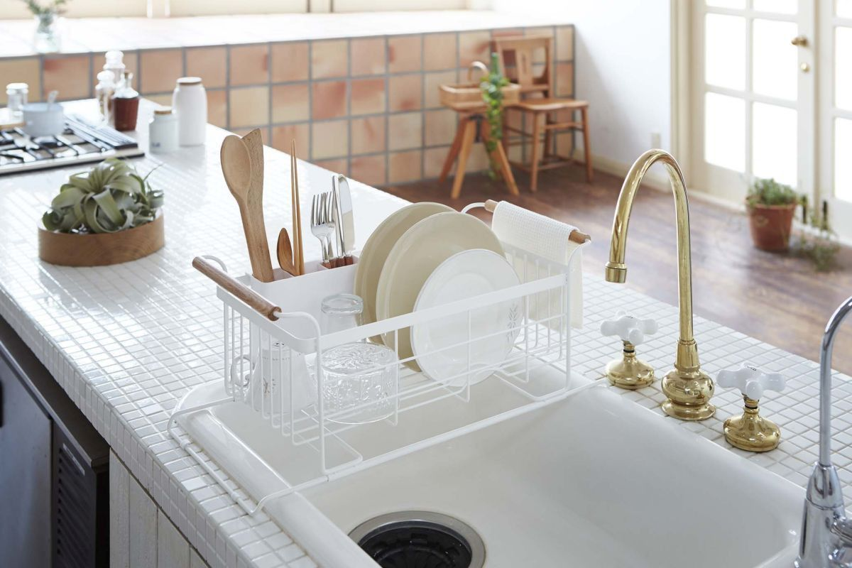 Tosca Over-The-Sink Dish Drainer Rack in White