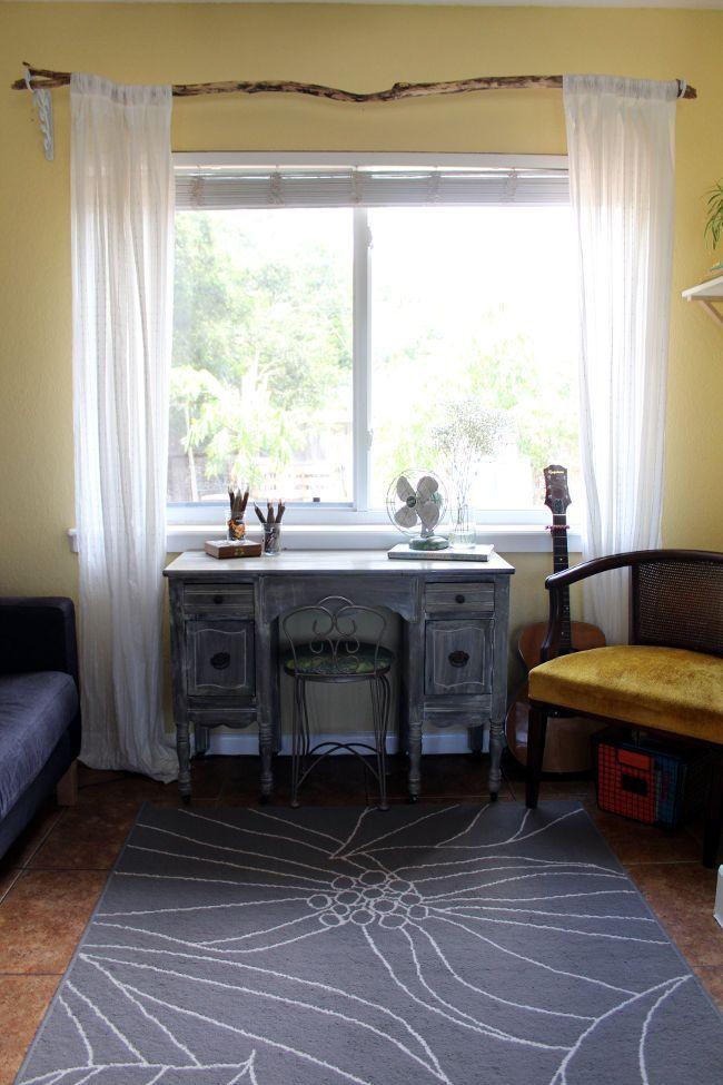 Diy Fabriquer Une Tringle A Rideaux Avec Une Branche Floriane Lemarie Branch Curtain Rods Curtain Rods Home