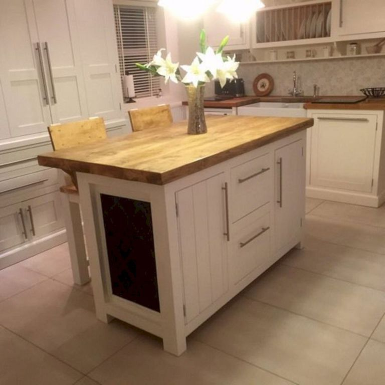 Free Standing Breakfast Bar And Stools