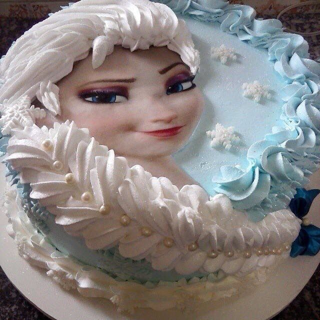 This would be an awesome 'just because' cake when my granddaughter comes to stay very soon ♥