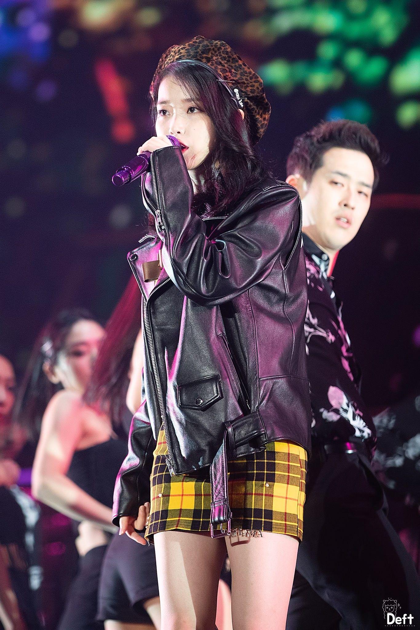 Iu Dlwlrma 10th Anniversary Tour Concert In Seoul Fashion Love Fashion Kpop Girls