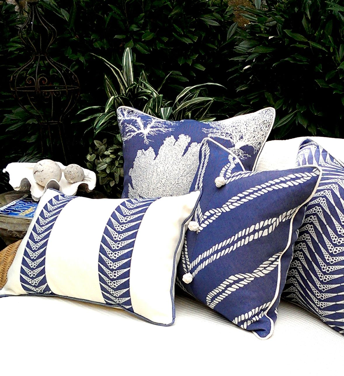 Cojines Decorativos Azules Karen Robertson Royalty Collection Outdoor Pillows