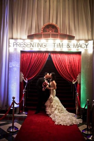 Vintage Hollywood Entrance With The Couple Movie Theme Wedding Hollywood Glam Wedding Old Hollywood Wedding