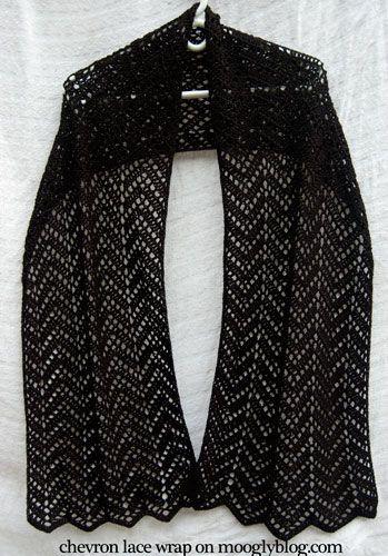 Chevron Encaje Wrap: patrón de crochet libre en mooglyblog.com ...