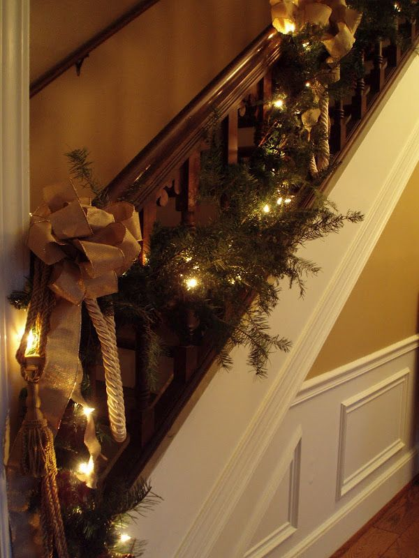 Festive Staircase Christmas Decorations Pinterest Holidays
