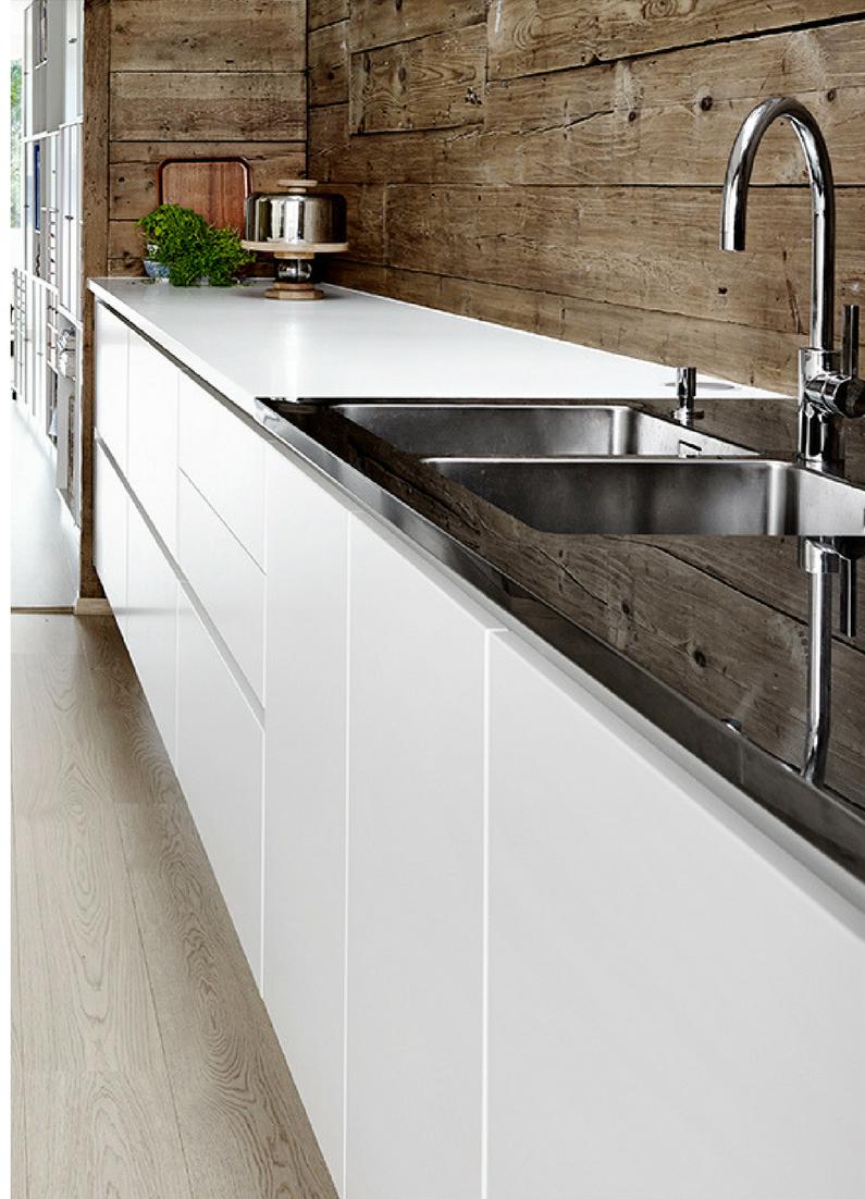 Küchenzeile design  Küche mit Holzboden: 9 Bilder & Ideen von Küchen mit Parkett und ...