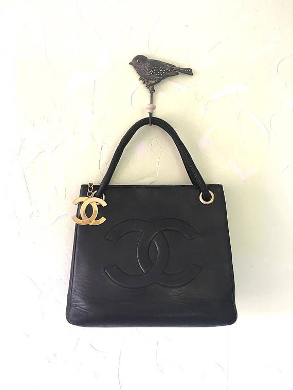 100% Authentic Chanel CC Logos Shoulder Tote Lambskin Leather Vintage Bag Rare