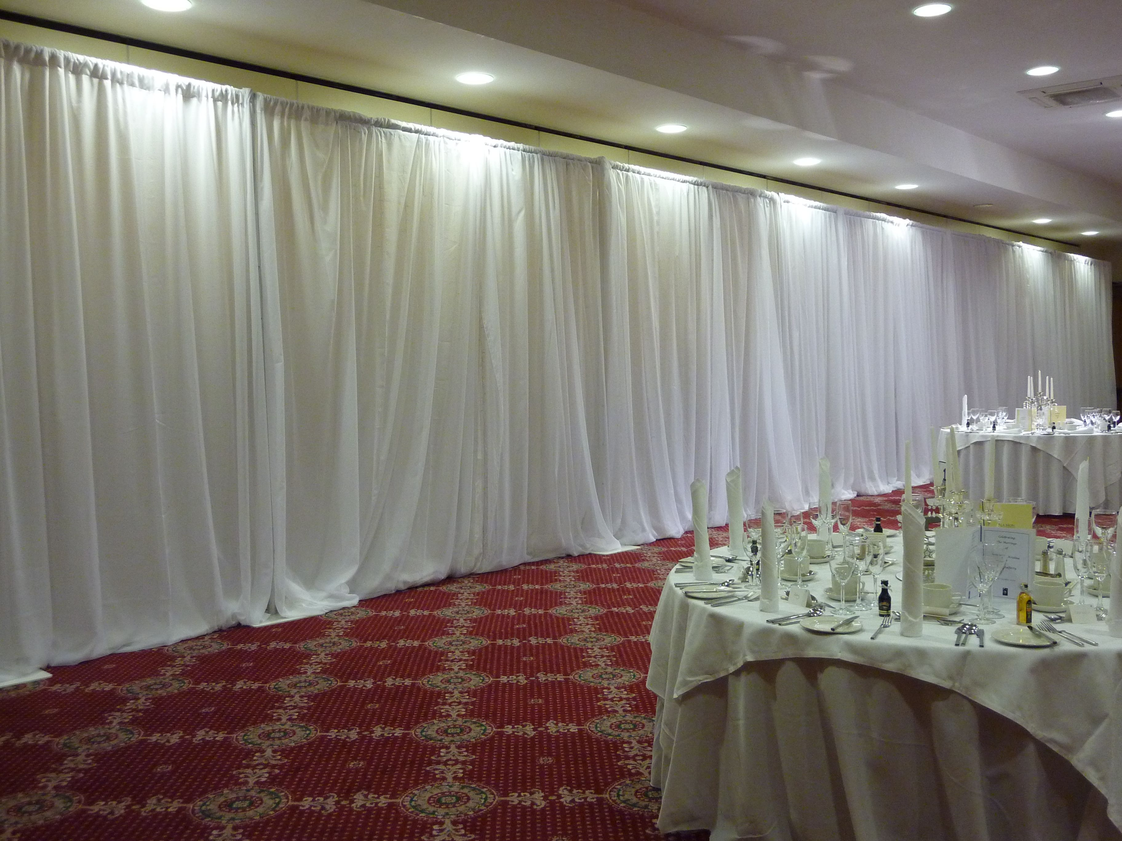 Diy Wall Draping For Weddings That Meet Interesting Decors: I Want White Wall Draping Like This!! So Hard To Find