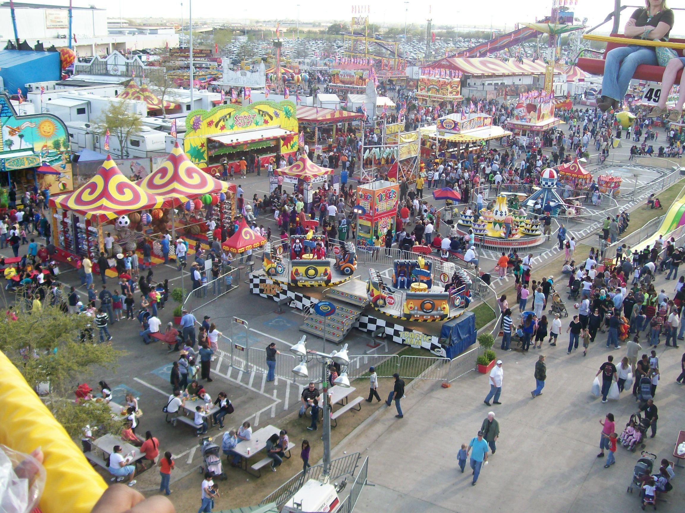 Annual Houston Livestock Amp Rodeo Carnival Reliant Stadium
