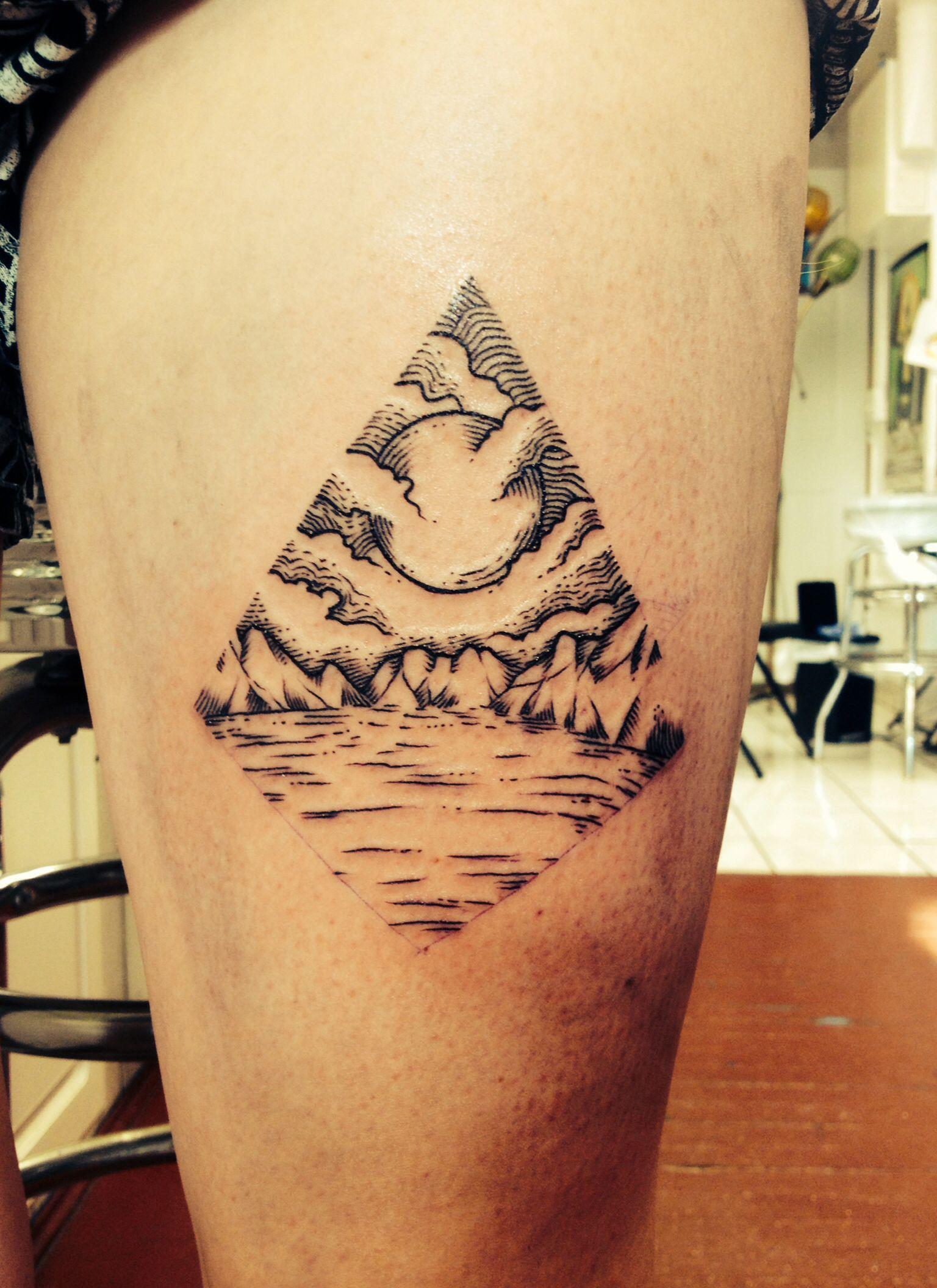 diamond mountain lake tattoo ink pinterest lake tattoo and tattoo. Black Bedroom Furniture Sets. Home Design Ideas