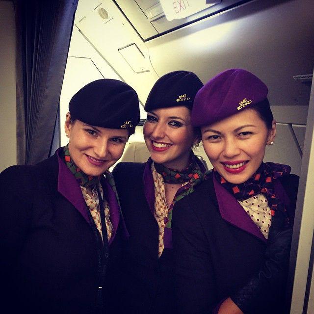 Crewfie! #etihad #cabincrew #smilecampaign #ulr #airbus