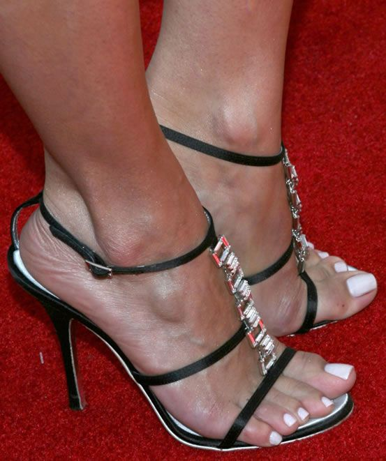 33b620aa3ca3e Roselyn Sanchez wearing black high heeled strappy sandals