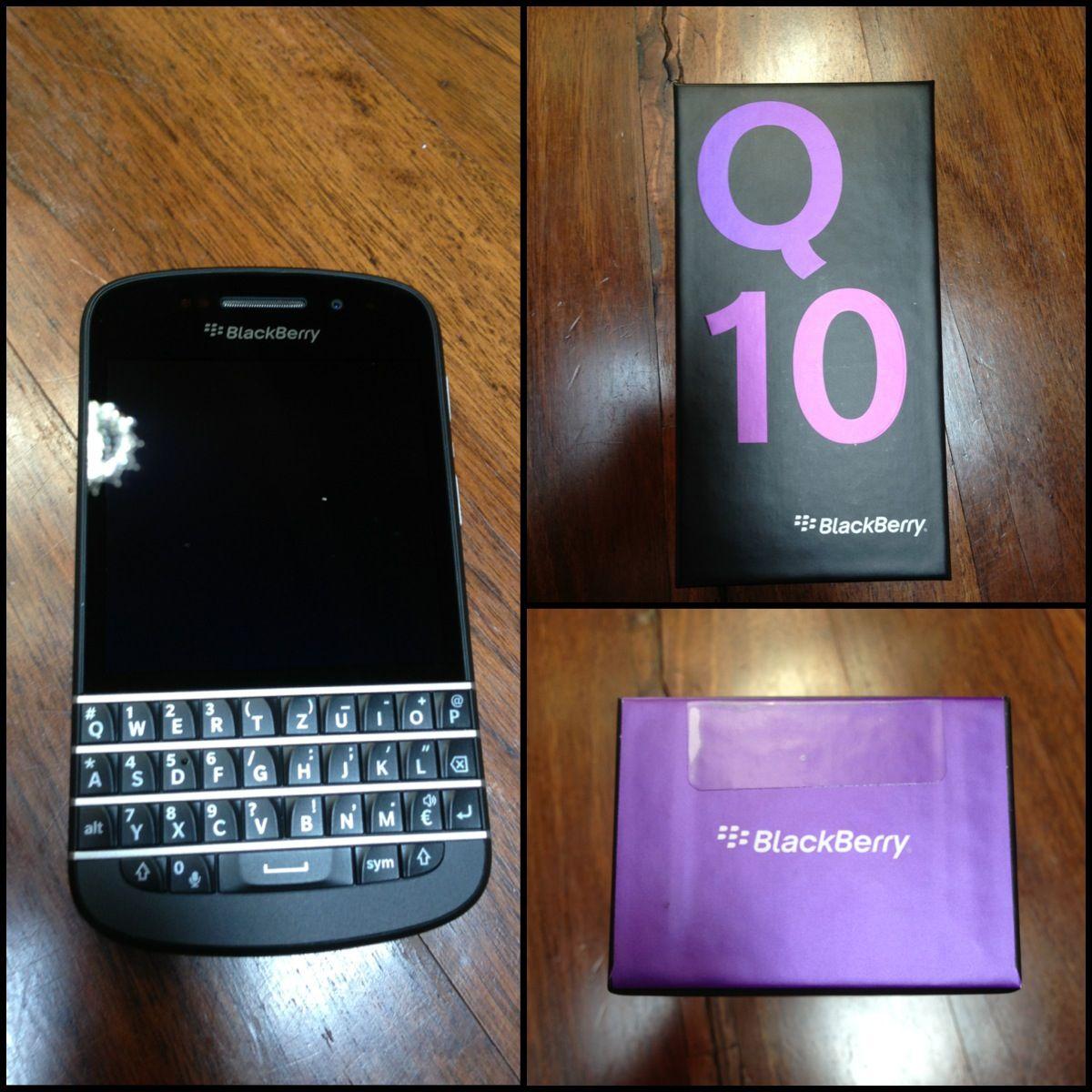 My new baby! Blackberry q10 ❤❤❤