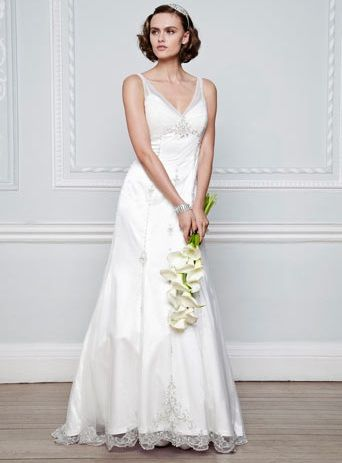 Vintage wedding dress from Bridal Wave TV