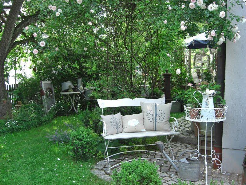 landliebe cottage garden flowers garden pinterest landliebe dekotisch und g rten. Black Bedroom Furniture Sets. Home Design Ideas
