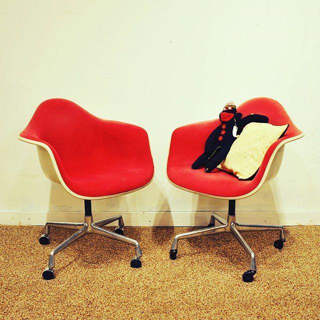Vintage Alexander Girard Herman Miller Eames Office Chairs In Red
