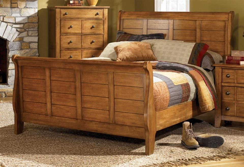 Rustic Look Sleigh Bed In Aged Oak Finish Grandpa S