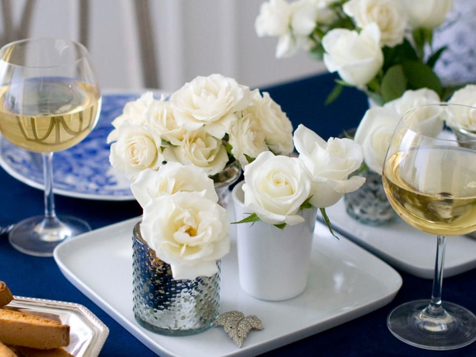 Having Guests Over For A Dinner Party Doesn T Mean Complicated Decorating Schemes Or Difficult