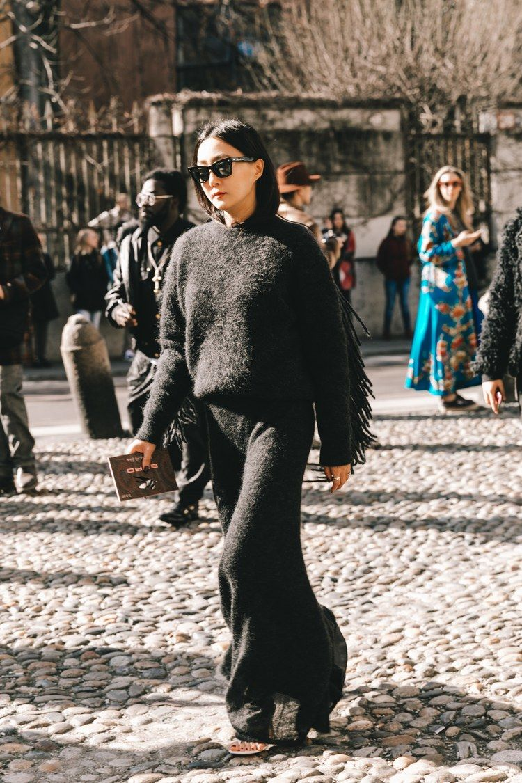 Urban Fashion 2020.Street Style A La Fashion Week Automne Hiver 2019 2020 De