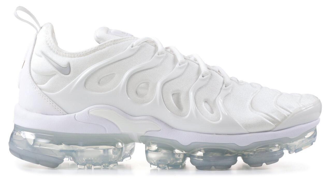 de1a6cfbdf3d4 Nike Air Vapormax Plus TN Triple White 924453 100 White White Pure Platinum