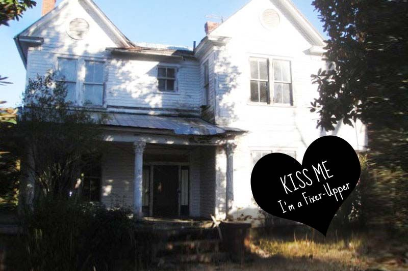 This beautiful Queen Anne fixer upper is waiting to be loved  The house sits. This beautiful Queen Anne fixer upper is waiting to be loved  The