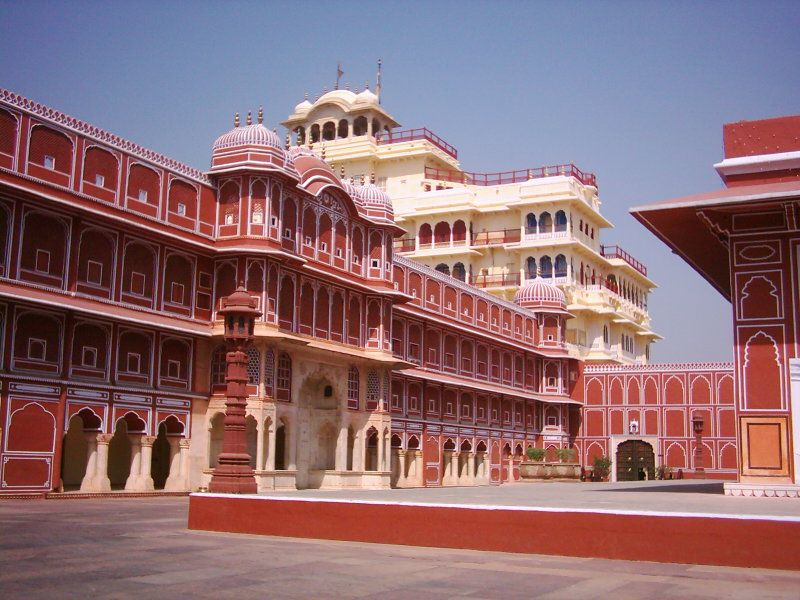 City Palace Jaipur Is Also Know As Chandra Mahal And Mubarak Mahal It Is Built By Sawai Jai Singh Time Schedule 1 City Palace Jaipur India Travel Jaipur