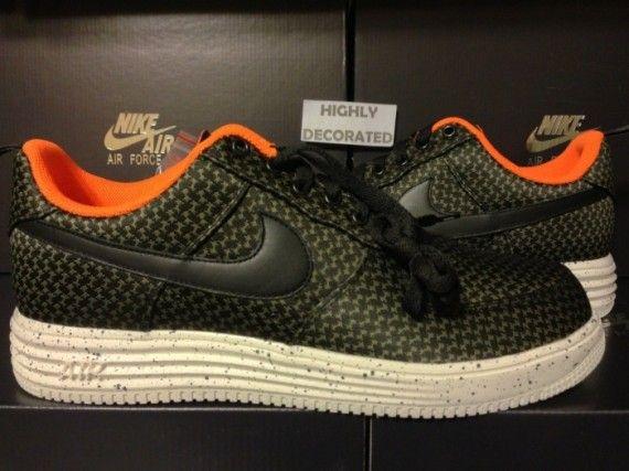 hot sale online 79913 a4dbf undftd nike lunar force 1 06 570x427 UNDFTD x Nike Lunar Force 1