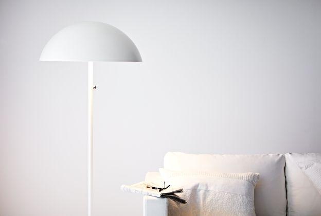 De verlichting van de ikea brasa staande lamp kan worden