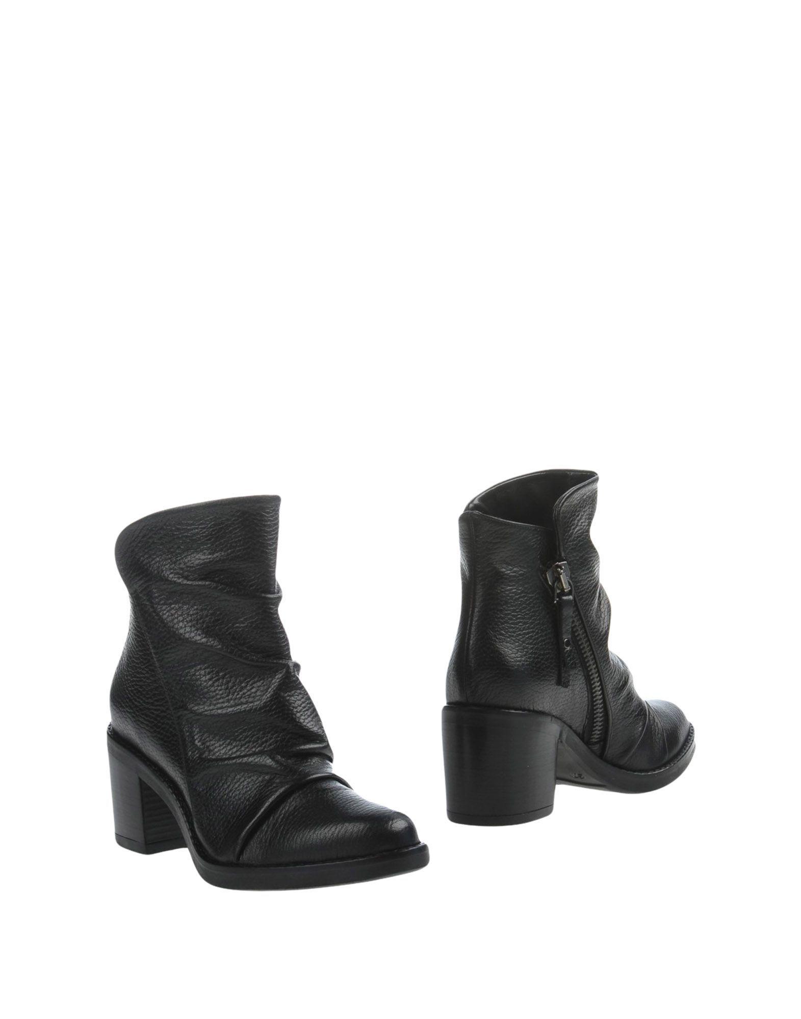 Marra Women US 11 Black Ankle Boot